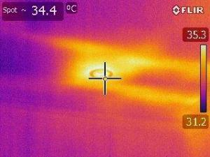 LED Thermal bridging in summer through downlights