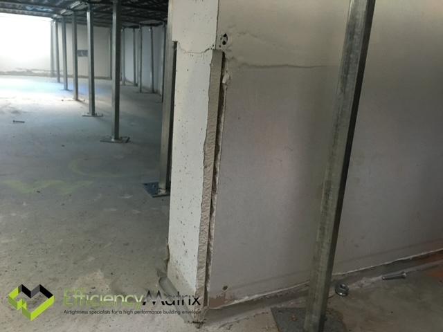 Uncaulked plaster ufad